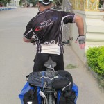 Using Hand Signals and Calls in Cycling Groups