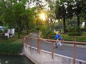 benjakiti park bangkok 4