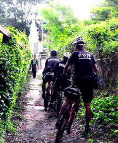 Ayutthaya Police Bike Patrol2