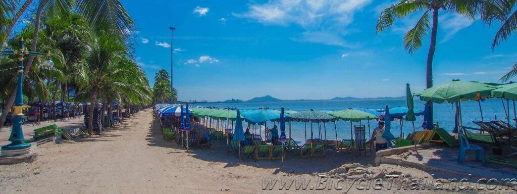 "Bang Saen Beach - WAYPOINT F ON MAP. GPS Location - N 13°17'55.4"", E 100°54'08.0"""