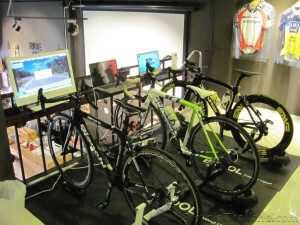 BKOOL Cafe bank of bikes setup on trainers