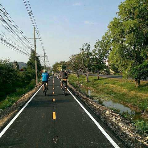 Riding on the new bicycle lane south of Hua Hin