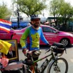 Thai man living in Malaysia rides his bicycle from Penang to Bangkok to pay his respects to the late King Bhumibol Adulyadej